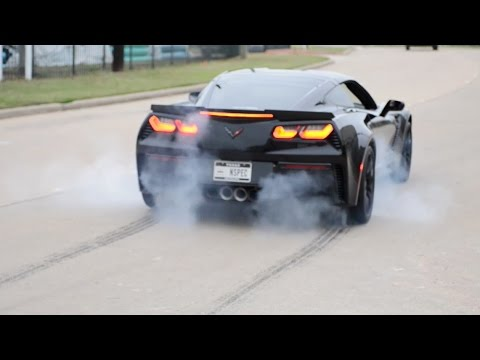 C7 Z06 Corvette – Burnouts