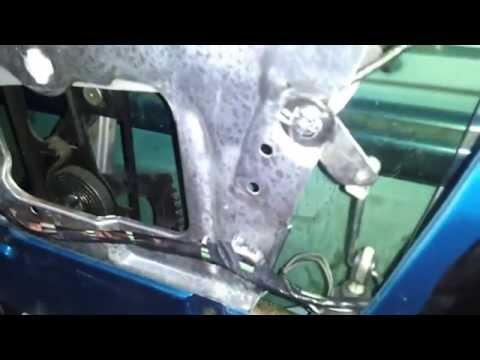 Corvette Door Actuator Hinge – 1993
