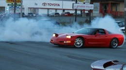 Corvette does donuts on Kenmount Road, scares drivers, upsets car group