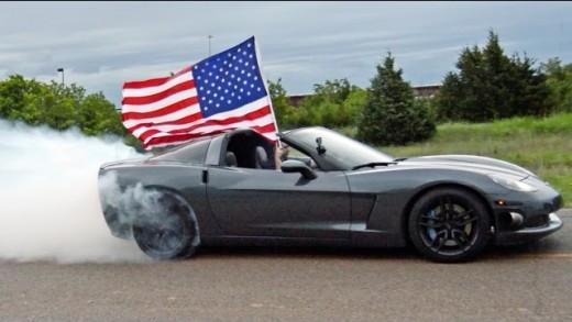 Watch A 800 HP C6 Corvette Do A Burnout For America