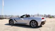 Wall Street Journal Reporter Tests Apple CarPlay in 2016 Corvette Stingray