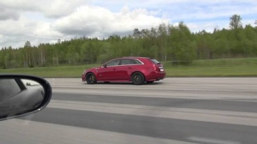 Roll Race – C6 Corvette ZR1 vs Cadillac CTS-V Wagon