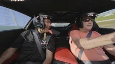 A Day At The Track with Ron Fellows and a Corvette Z06 – #DayItForward