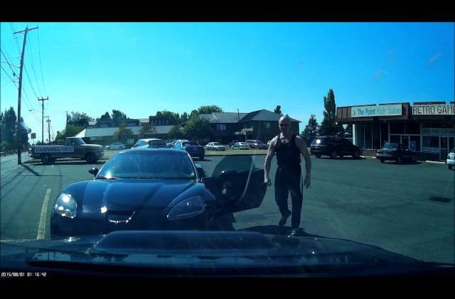 Driver Left Speechless by a Jerk in a Corvette! Compliments Ensue!