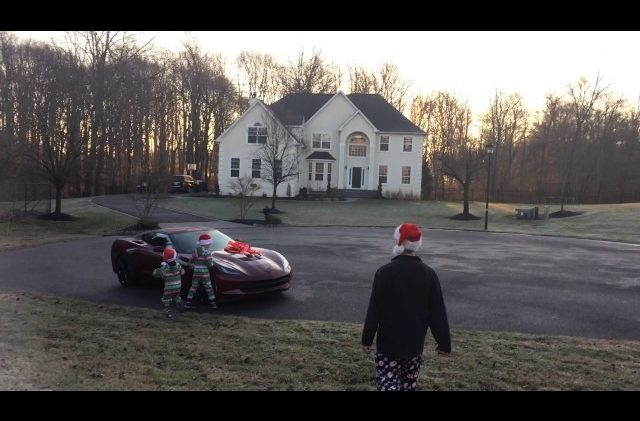 Husband Receives C7 Corvette Surprise for Christmas From His Wife