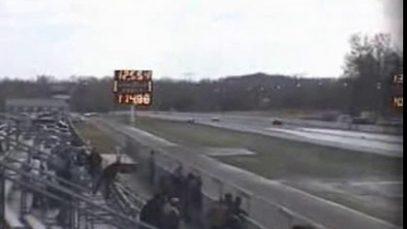 1990 Corvette ZR-1 Beats a C5 Corvette at the Strip
