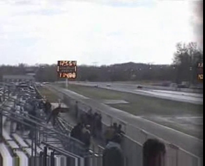 1990 Corvette ZR-1 Beats a C5 Corvette at the Strip