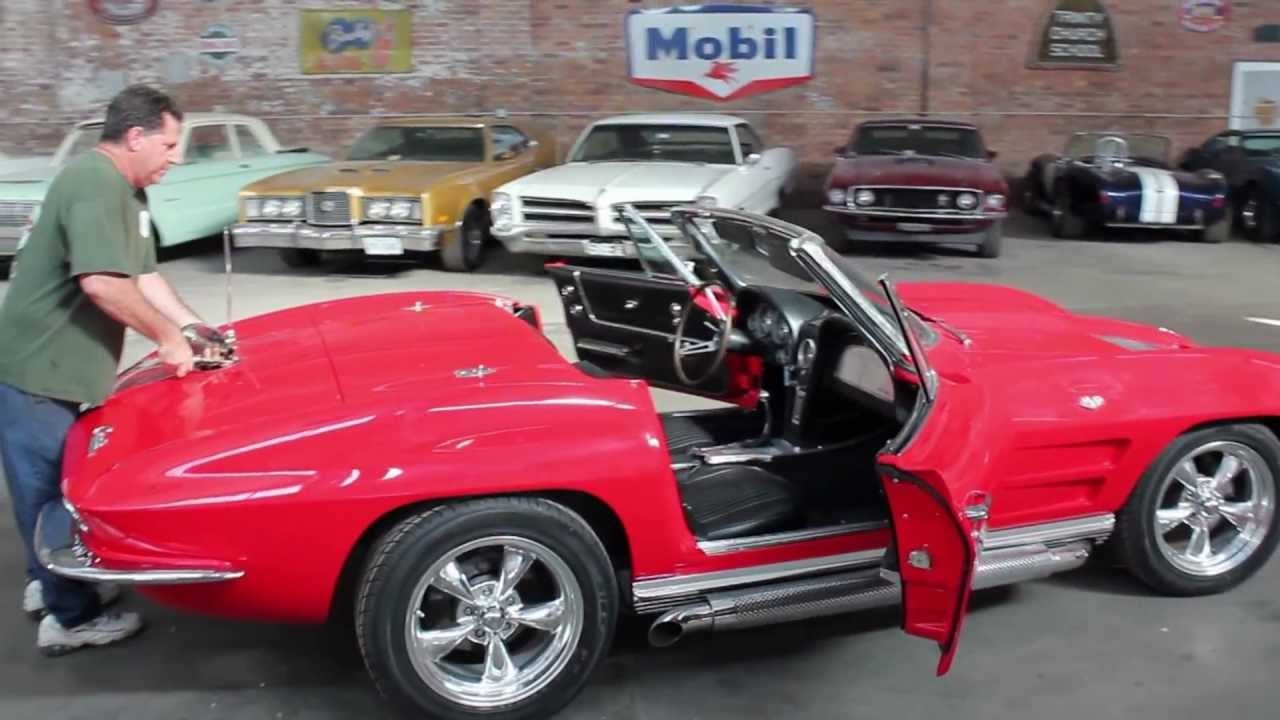 1963 Corvette Split Window Convertible (Top removal)