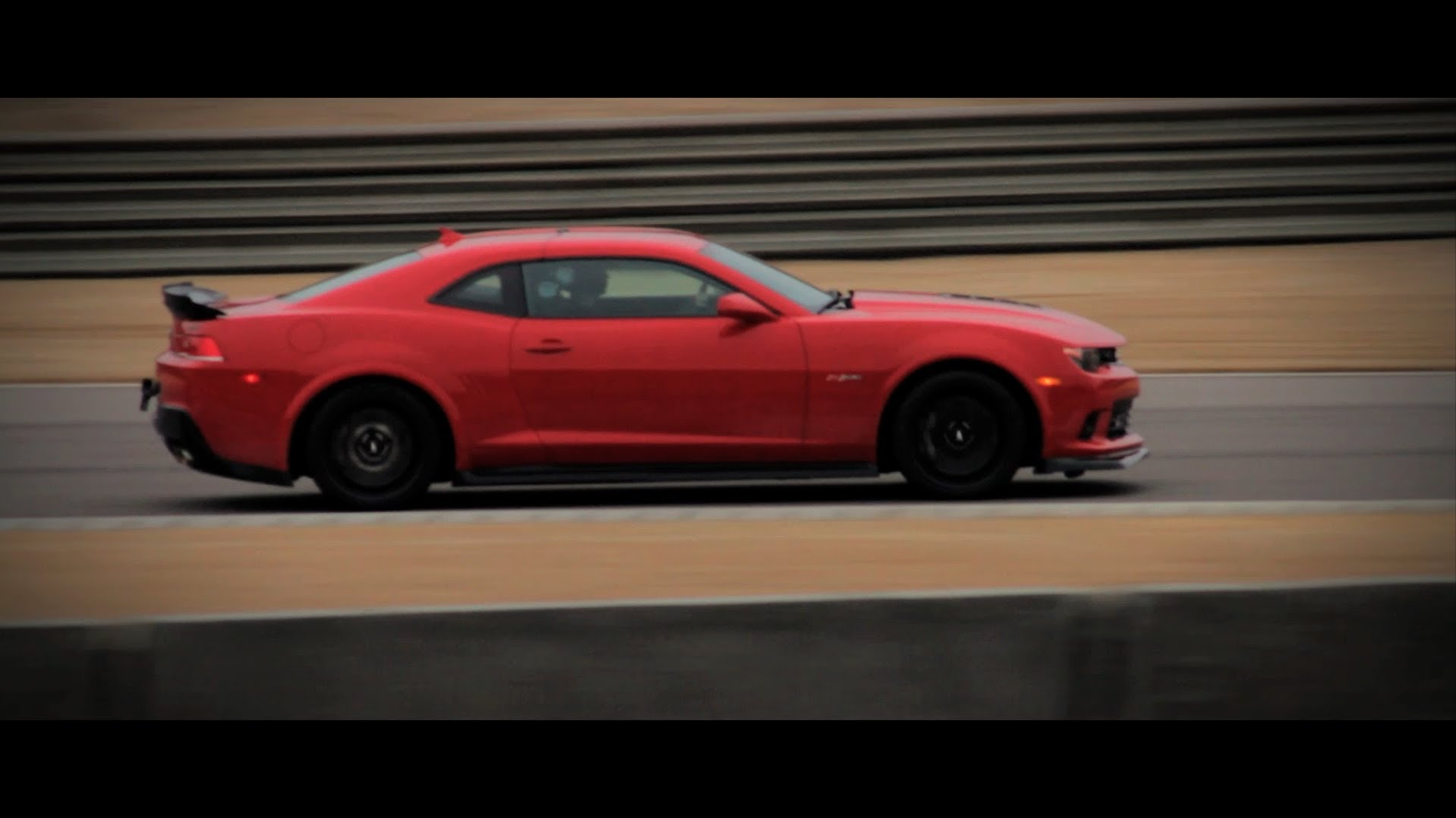 2014 Chevrolet Camaro Z/28: Dicing at Barber Motorsports Park