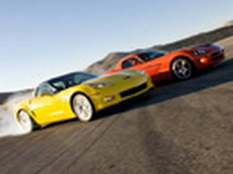 Burnout Super Test Part 2: Viper SRT-10 vs. Corvette Z06 Carbon