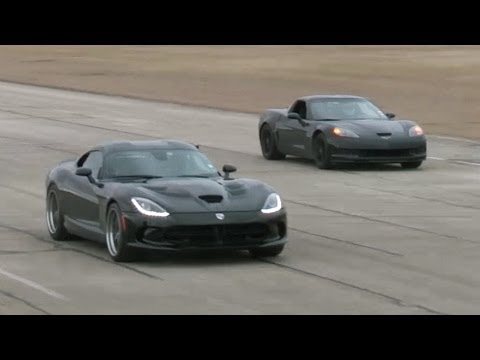 Corvette Z06 vs Viper – Roll Race