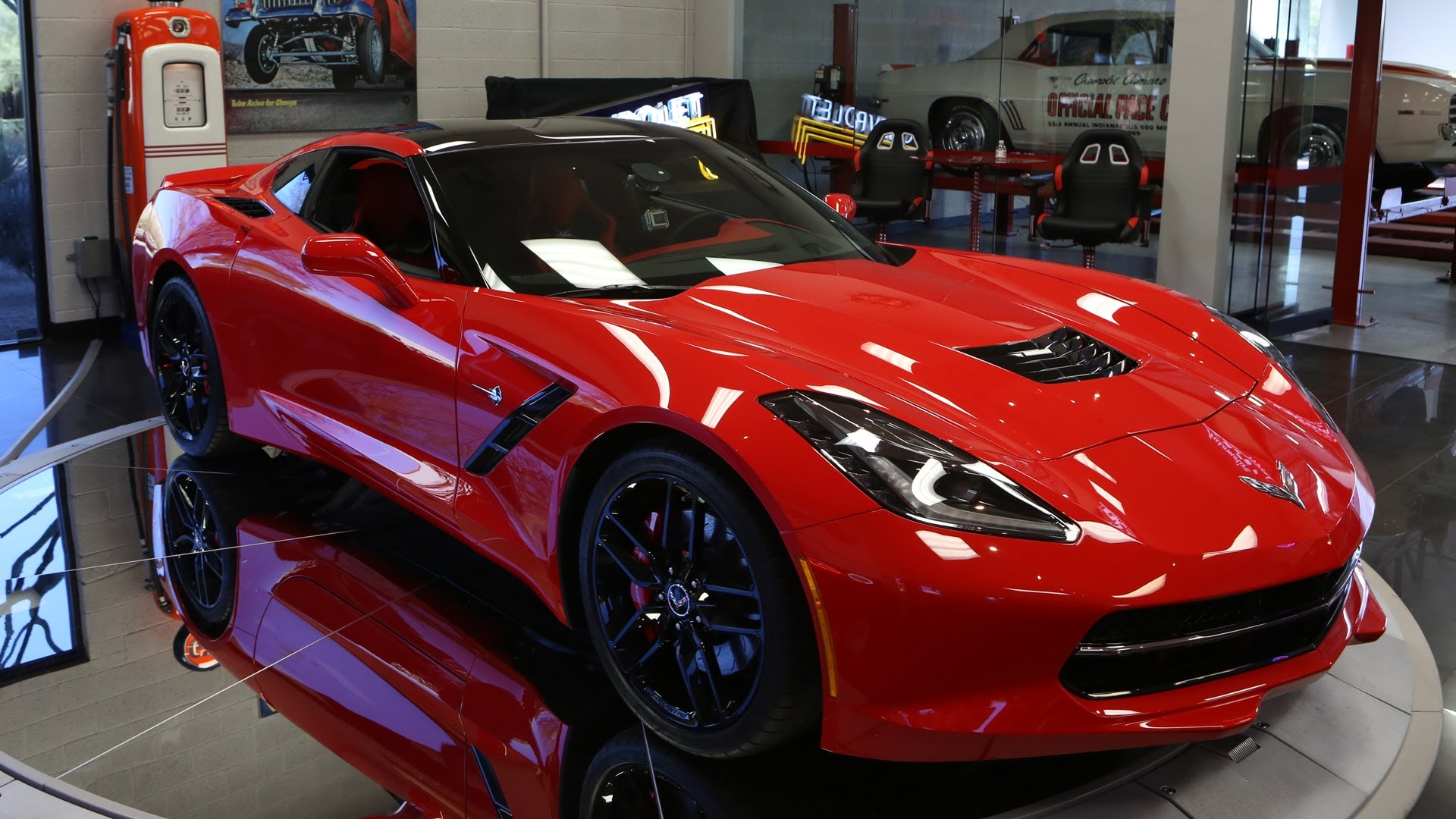 First Look: 2014 Corvette Stingray – Jay Leno's Garage