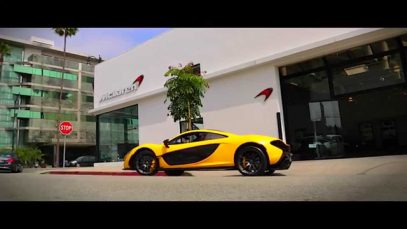 Jay Leno Takes Delivery of First McLaren P1™ in USA