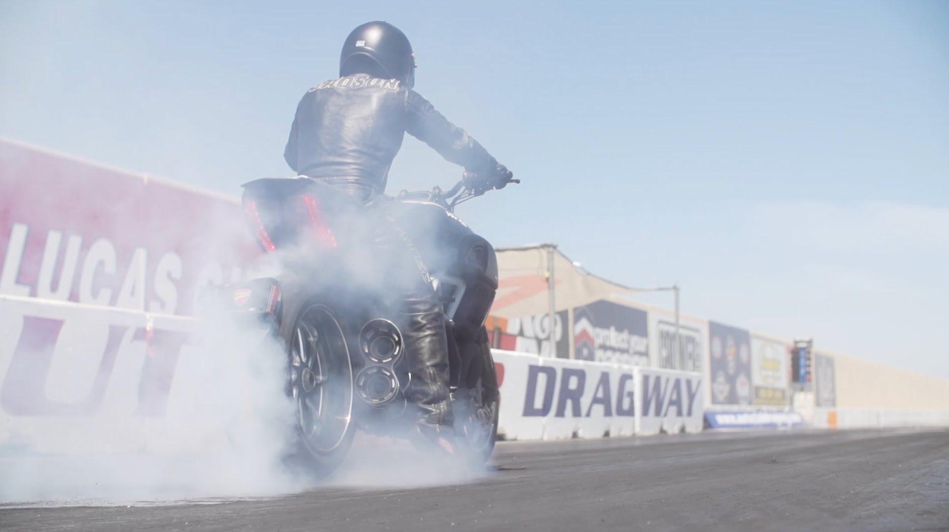 Smoked: 2015 Ducati Diavel vs 2014 Chevy Corvette Stingray Drag Race