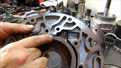 Transmission Repair – GM 4L60-E Transmission Re-Assembly (Rebuild)