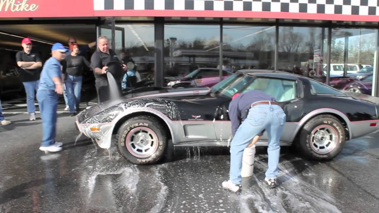 Washing the Barn Find – 1978 Corvette